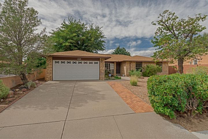 1309 Sasebo Street NE, Albuquerque, NM 87112