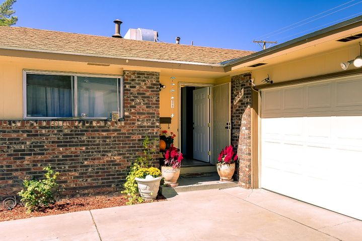 9125 La Barranca Avenue NE, Albuquerque, NM 87111
