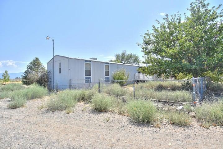 8 Saint Elmo Lane, Los Lunas, NM 87031