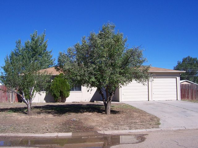 815 W Center Avenue, Moriarty, NM 87035