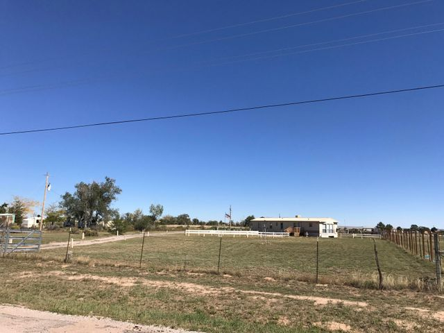 1131 Salt Missions Trail, Moriarty, NM 87035