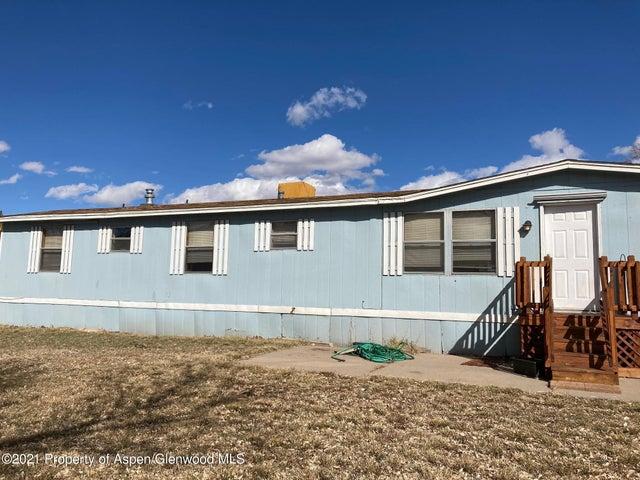 228 E Carson Circle, Parachute, CO 81635