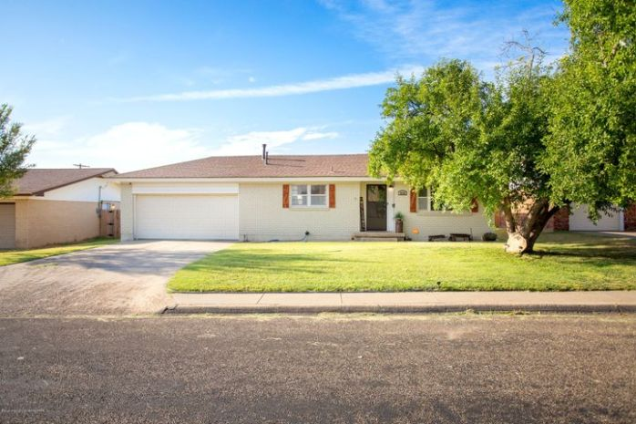 2622 11TH AVE, Canyon, TX 79015
