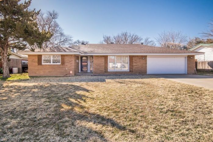 2414 12TH AVE, Canyon, TX 79015