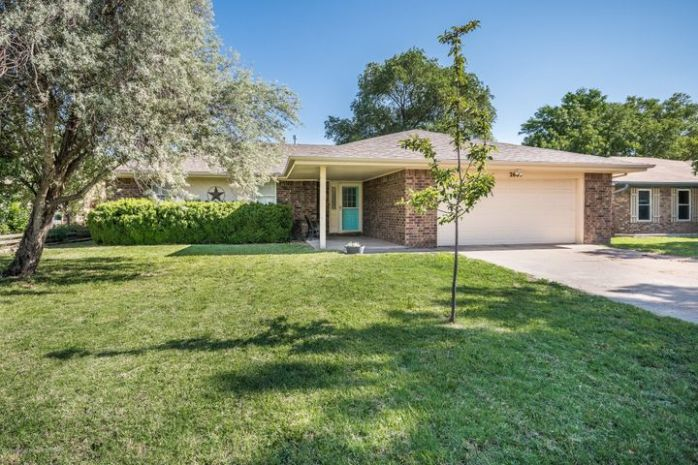2605 15th Ave, Canyon, TX 79015