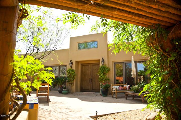 6310 N. 51st Place, Paradise Valley, Arizona 85253
