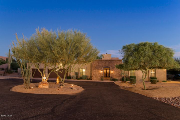 Custom Remodel on almost 1 acre of privacy and tranquility