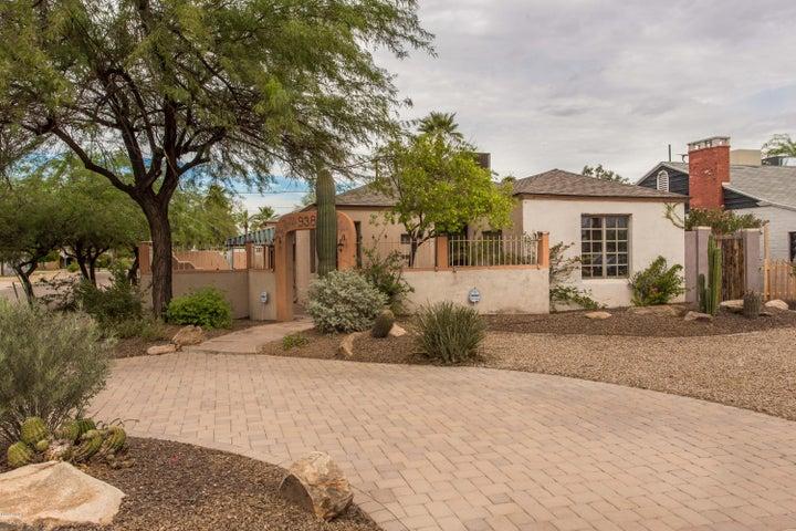 938 W MORELAND Street, Phoenix, AZ 85007