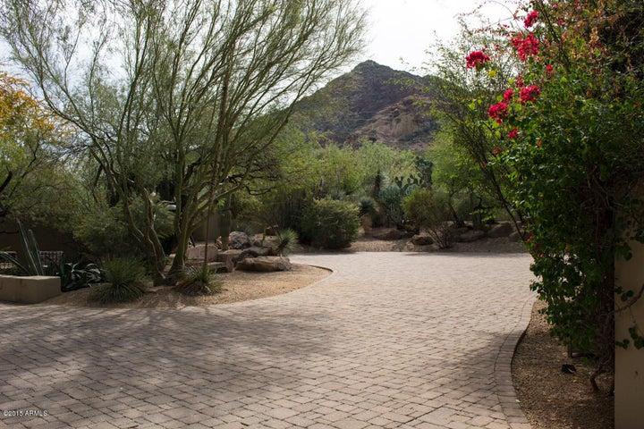 6010 N 51ST Place, Paradise Valley, AZ 85253