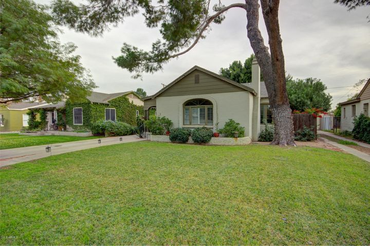1137 W LYNWOOD Street, Phoenix, AZ 85007