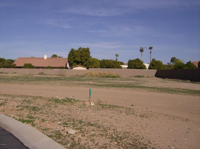 8404 W SANDS Court, 6, Peoria, AZ 85382