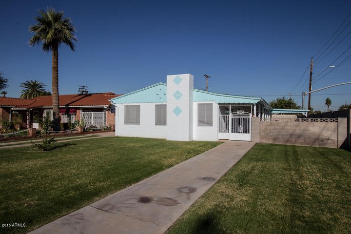 702 W VERNON Avenue, Phoenix, AZ 85007