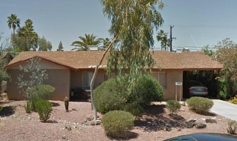 2220 S Kachina Drive, Tempe, AZ 85282