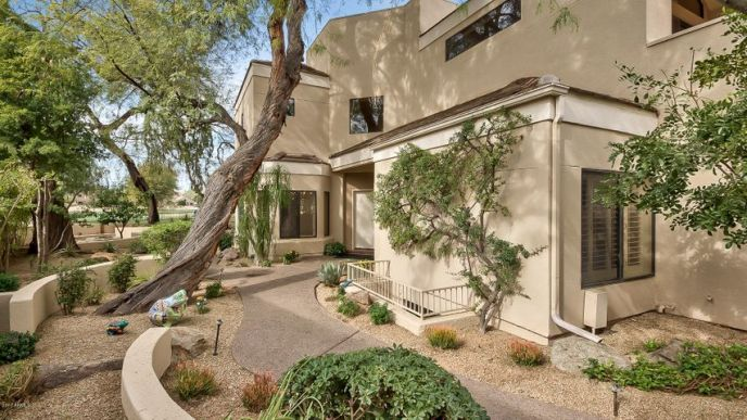 7740 E GAINEY RANCH Road, 10, Scottsdale, AZ 85258
