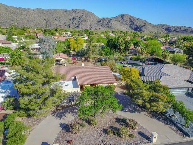 3826 E EQUESTRIAN Trail, Phoenix, AZ 85044