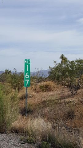 000 NW US 93 Highway, Wickenburg, AZ 85390
