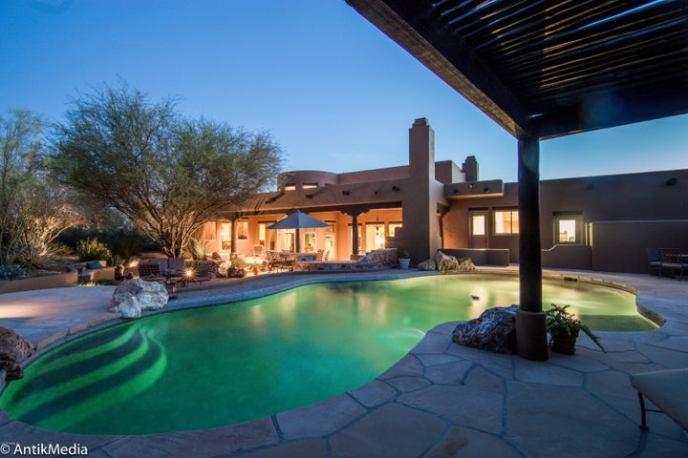 8124 E Via De Luna Drive, Scottsdale, AZ 85255