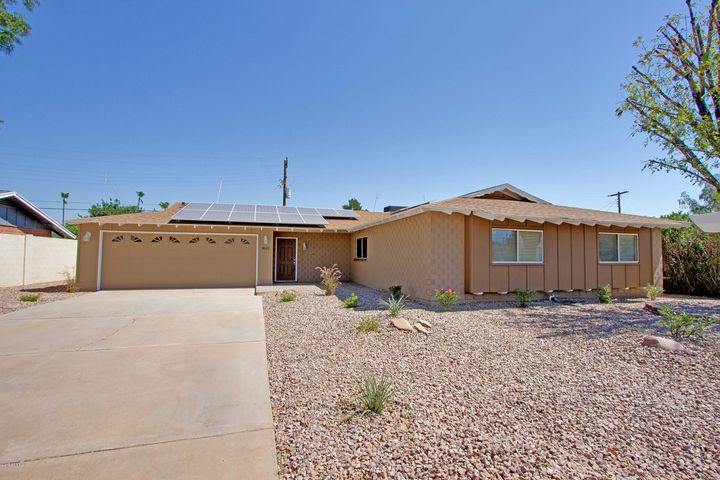 This charming brick home is located in one of Scottsdale's highly desirable areas