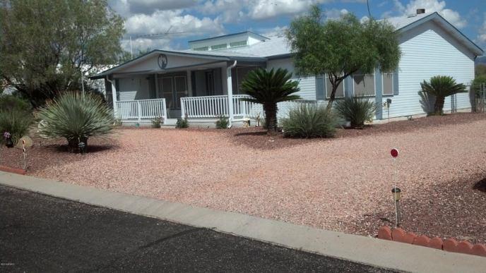 30579 S Fort Apache Drive, 122, Congress, AZ 85332