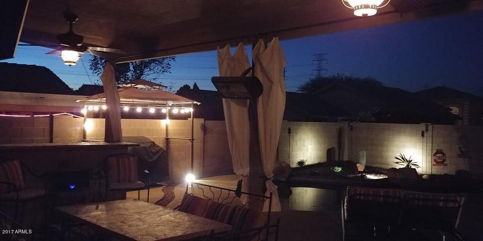 11016 W FRIER Drive, Glendale, AZ 85307
