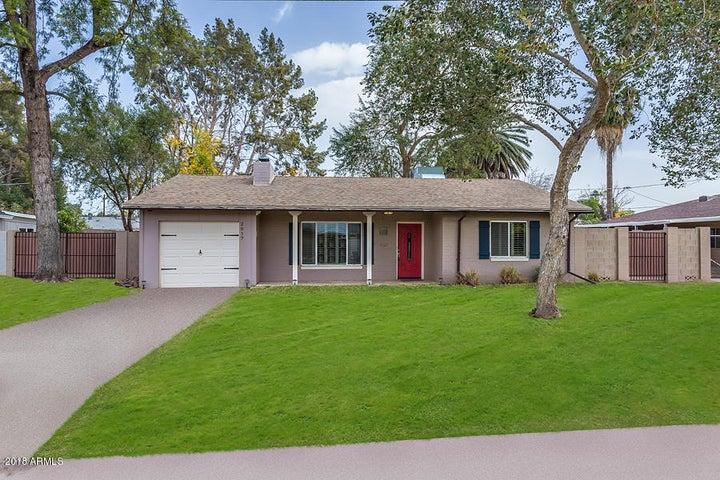 2017 N 39th Place, Phoenix, AZ 85008