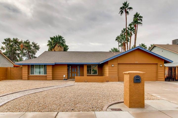 2325 W Tierra Buena Lane, Phoenix, AZ 85023
