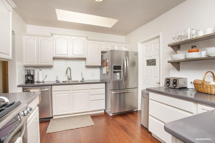 Bright kitchen with WALK-IN PANTRY