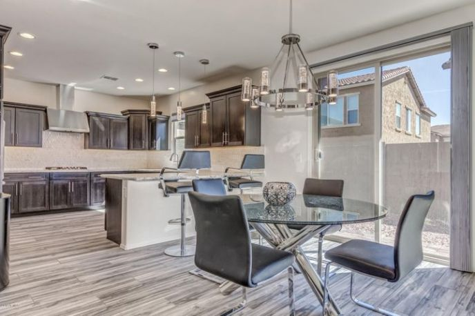 4659 E CIELO GRANDE Avenue, Phoenix, AZ 85050