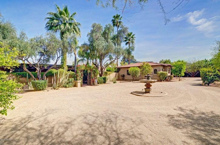 4841 N 68TH Street, Scottsdale, AZ 85251