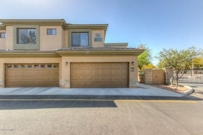 705 W Queen Creek Rd Unit #2182.Impeccably clean ready for move-in today!
