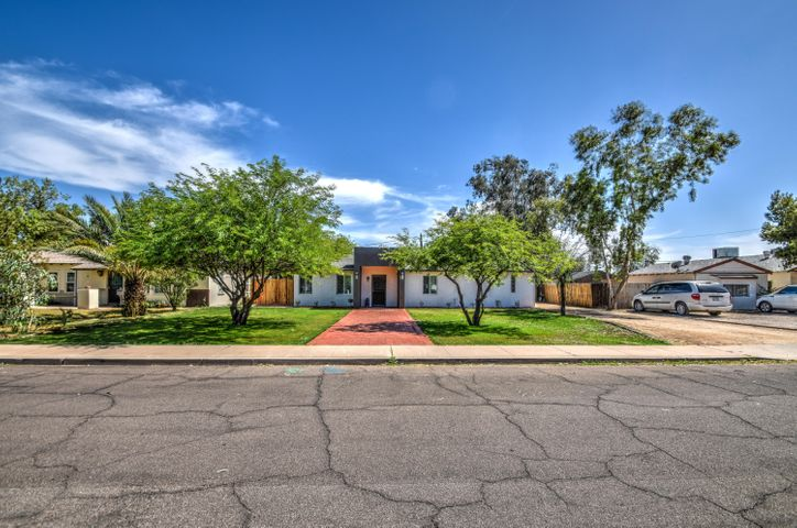 2209 E WINDSOR Avenue, Phoenix, AZ 85006