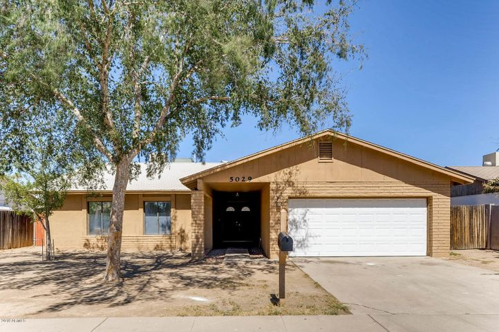 5029 N 70TH Avenue, Glendale, AZ 85303