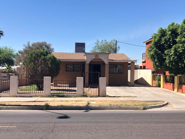 1101 W ROOSEVELT Street, Phoenix, AZ 85007