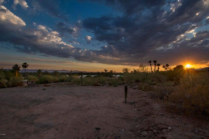 4702 N 56TH Street, 1, Phoenix, AZ 85018