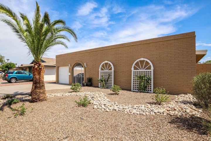1965 E HUNTINGTON Drive, Tempe, AZ 85282