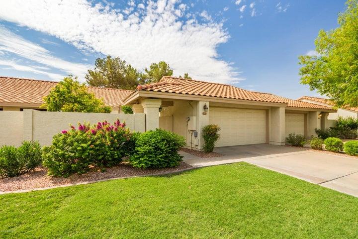 1061 E CHILTON Drive, Tempe, AZ 85283