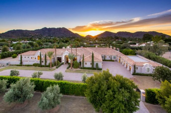 8700 N 52ND Street S, Paradise Valley, AZ 85253