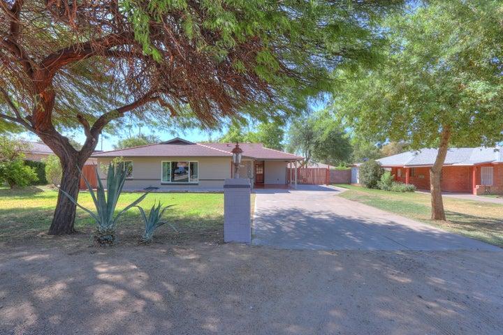 1931 E BETHANY HOME Road, Phoenix, AZ 85016
