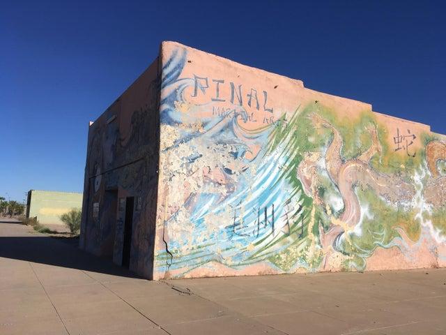 142 W Frontier Street, Eloy, AZ 85131