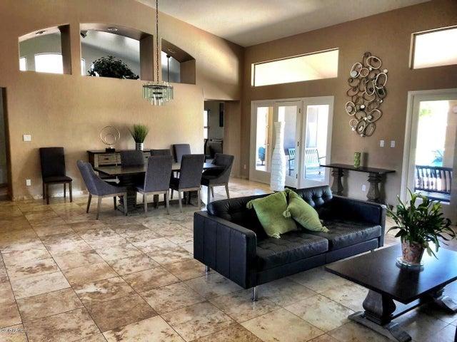 2549 E Bighorn Avenue, Phoenix, AZ 85048