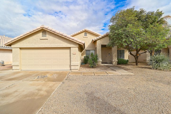 1858 E TREMAINE Avenue, Gilbert, AZ 85234