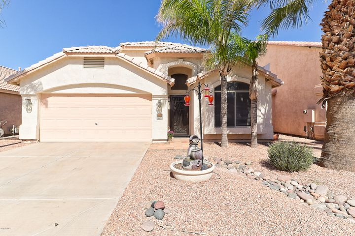 8702 E PINCHOT Avenue, Scottsdale, AZ 85251