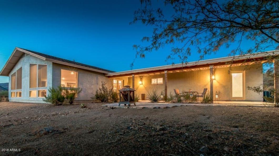 45220 N 14TH Street, New River, AZ 85087