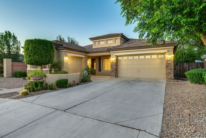 13518 W EARLL Drive, Avondale, AZ 85392
