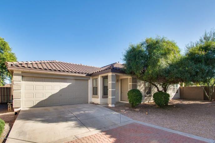 2851 E CHERRY HILLS Drive, Chandler, AZ 85249
