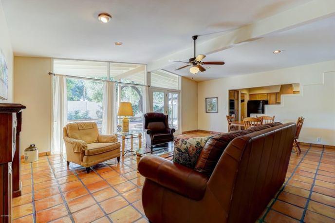 6861 E WINDSOR Avenue, Scottsdale, AZ 85257