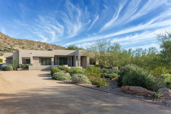 5644 E CACTUS WREN Road, Paradise Valley, AZ 85253
