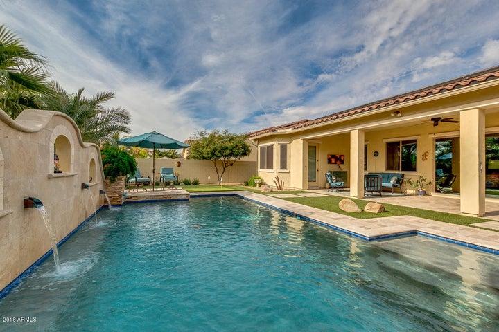15837 W BONITOS Drive, Goodyear, AZ 85395