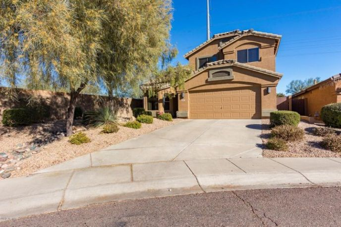 4 Bedroom 2.5 Bath Desert Ridge Community of Wildcat Ridge