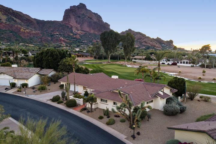 Stunning Camelback Mountain Views!